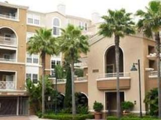 Boutique style community. La Jolla living at its finest. Luxury apartment