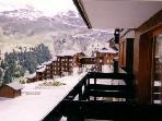 THE FOOT OF THE SLOPES, CLOSE TO SHOPS - RENT 2 BEDROOMS 2 APARTMENTS RENOVATED - Meribel Mottaret