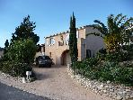CHARMING DETACHED VILLA IN THE HILLS - SEA, MOUNTAINS AND THE CITADEL OF CALVI (CORSICA) F-5.