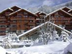 Aapartment with 3 rooms, sleeps  4/ 6, Meribel Village, south-facing