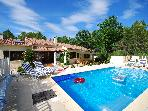 Villa of 160 m2 (8 people) with a swimming pool surrounded by nature and calm