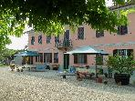 Holiday apartments in an old farmhouse in the Basso Monferrato Region