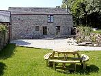 TREVELLYAN FARM, family friendly, character holiday cottage, with a garden in Lanivet, Ref 2967