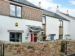 CONART COTTAGE, family friendly, with a garden in Charlestown, Ref 6318