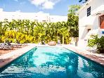 Coeur South Beach, piscine, parking, a partir de $1800/sem. , appeler pour promotion speciale