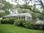 Chilmark - Waterview Cottage, Short Walk to Menemsha : webg14c