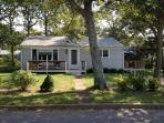 Vineyard Haven - Comfy Three Bedroom Home : hant22c