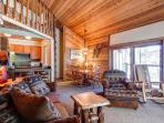 Double Eagle A31 3BR Ski-in/Walk to Snowflake Lift Breckenridge Lodging
