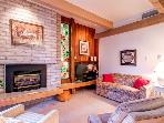 Tamarisk 102 Two Bdrm Walk to Quicksilver Pool/Hot Tub Breckenridge Lodging