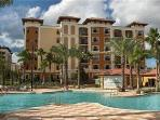 3 BED 2 BATH LUXURY CONDO IN HEART OF ORLANDO - SLEEPS 8