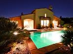 'Mirage' 1/2 Acre, Prime Views, Pool, Spa, Misters