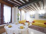 A comfortable, bright, and modern apartment in the Cannaregio district