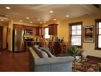 Excellent centrally located condo. Walk everywhere