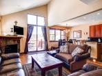 Highland Green 98 3BR Pet Friendly Views Shuttle Breckenridge Lodging