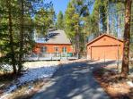 Moose Crossing Pet Friendly 2 BR Cabin on Peak 7 Private Hot Tub Breckenridge