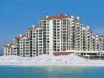 BEACHFRONT FOR 6! BEAUTIFUL CONDO! OPEN 8/17-24! 5% OFF!