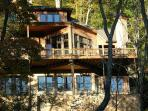 New River Lodge - Sleeps up to 14 - New River Frontage - 4 Fireplaces
