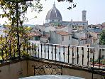 Guelfa Terrace- Spacious accommodation in Florence