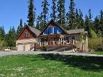 New 5BR / 4BA Vacation Home on 4.5 private acres with a Hot Tub!