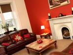 A Fabulous 3 Bedroom Apartment - Central Edinburgh