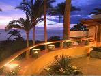 Casa Cascada - Magnificent ocean views throughout