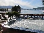 Fish Alaska! Private bayfront, boat, dock, spa.