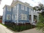 Sleeps 4- 14, Close to Pleasure Pier, Beach, Restaurants