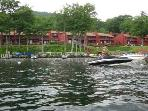 Outstanding Waterfront Townhouse Vacation Rental on Lake Winni (ROW01W)