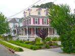 Victorian Home in historic Cape May - dog friendly