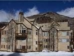 Wonderful Vacation Condo - Great Slope and Mountain Views (6344)