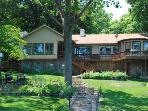 Knotty Pine Ranch Style Home with 6 mile Views. 7MM Osage (Main Channel & Mouth of Gravois Arm)
