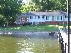 Tranquility Place - Luxury Ranch on Level Lot. Great Water Access for Kids. 4.5 Mile Marker Little Niangua