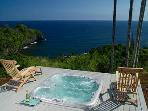 Onomea Cliffside Cottage-Romantic Oceanfront Views