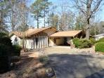 10AlamLn DeSoto Golf Course Home | Sleeps 6
