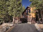 Roberts Tahoe Dog Friendly Rental Cabin - Hot Tub