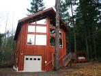 Glacier Springs Cabin #40 - A pet friendly cedar cabin with a hot tub and game room!