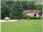Lovely Long Island Home on 3 acres -Close to Beach