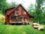 Morning Sun Retreat -- Gorgeous All-Wood Cabin with Wi-Fi, Jetted Tub, Fire Pit and More!