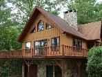 Three Bedroom Family Getaway Cabin Convenient to Nantahala Kayaking and Rafting