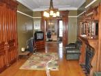 Mag. 3BR Brownstone Garden Apt in trendy Brooklyn