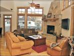 300 Yards to Ski Slopes, Gondola Square - Upscale Furnishings & Materials (8877)