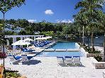 ROUNDHILL PINEAPPLE HOUSE OCEANFRONT SUITES IN MONTEGO BAY