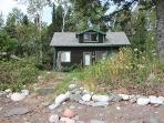 Hovland Hideaway - Charm and Comfort plus Beautiful Cobblestone Beach!