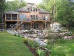 Lovely Waterfront Vacation Home on Lake Winnipesaukee (MAC20W)
