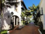 Downtown Santa Barbara Penthouse 2 bdrm Condo!
