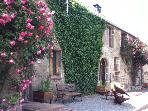 Pear Tree a 4 bed cottage with heated pool
