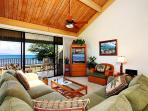 Condo with 2 Bedroom, 2 Bathroom in Lahaina (38)