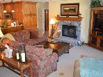 Elegant Condo in Beaver Creek Village - 5 Minute Walk to Lifts - Ski Season Specials!