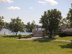 4 bdrm Lake Cottage with 335ft. of level lakeshore
