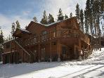 Luxurious Rustic Mountain Cabin;4 BR; Sleeps 12-14